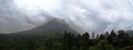 volcanopararamicceee35a29063bc3cf2766fbd432584e6.jpg