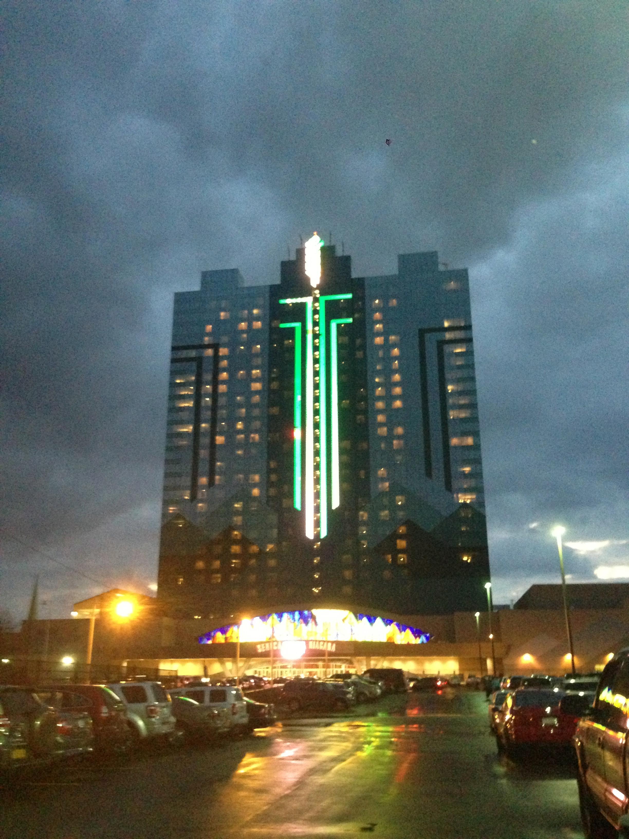 big and rich seneca casino