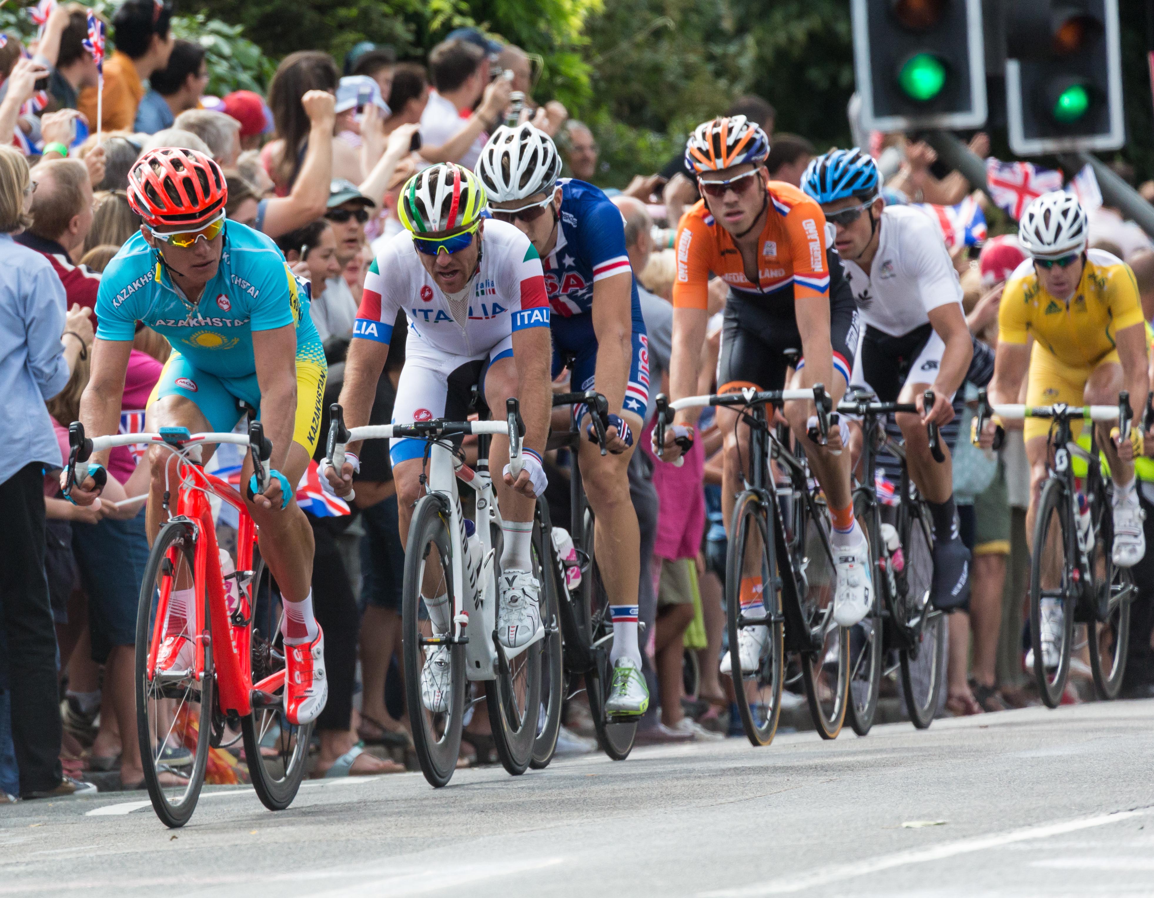 CyclingClothing148500f8b33803f7896341d657afe5921.jpg