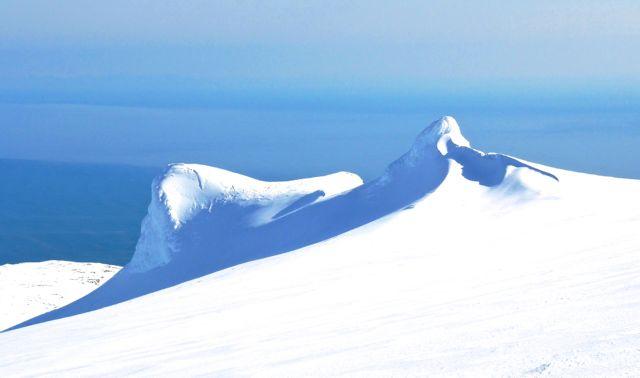 GlacierTopBumps30633cceec3d4920ac019469fb58a014.jpg